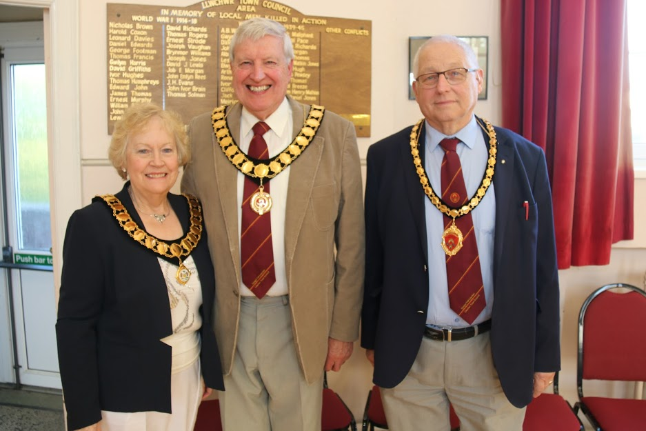 Mayor with Consort and Deputy