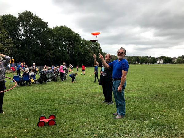 Picnic in the Parc 2019 - Plate Spinners